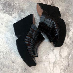 Robert Clergerie Shoes - Robert Clergerie Black Platform Sandals